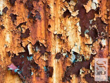قطعه فلزی تخریب شده در اثر خوردگی